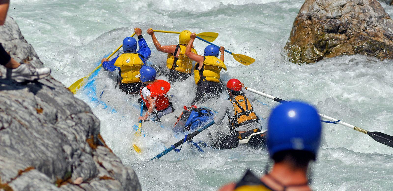 California Salmon Rafting Safari - Cascade Rapid onlooking