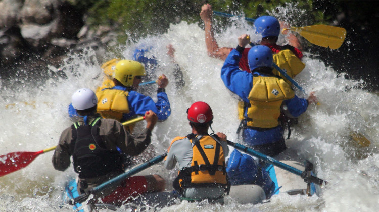 Upper Klamath Rafting - Whitewater Rafting - Adventure