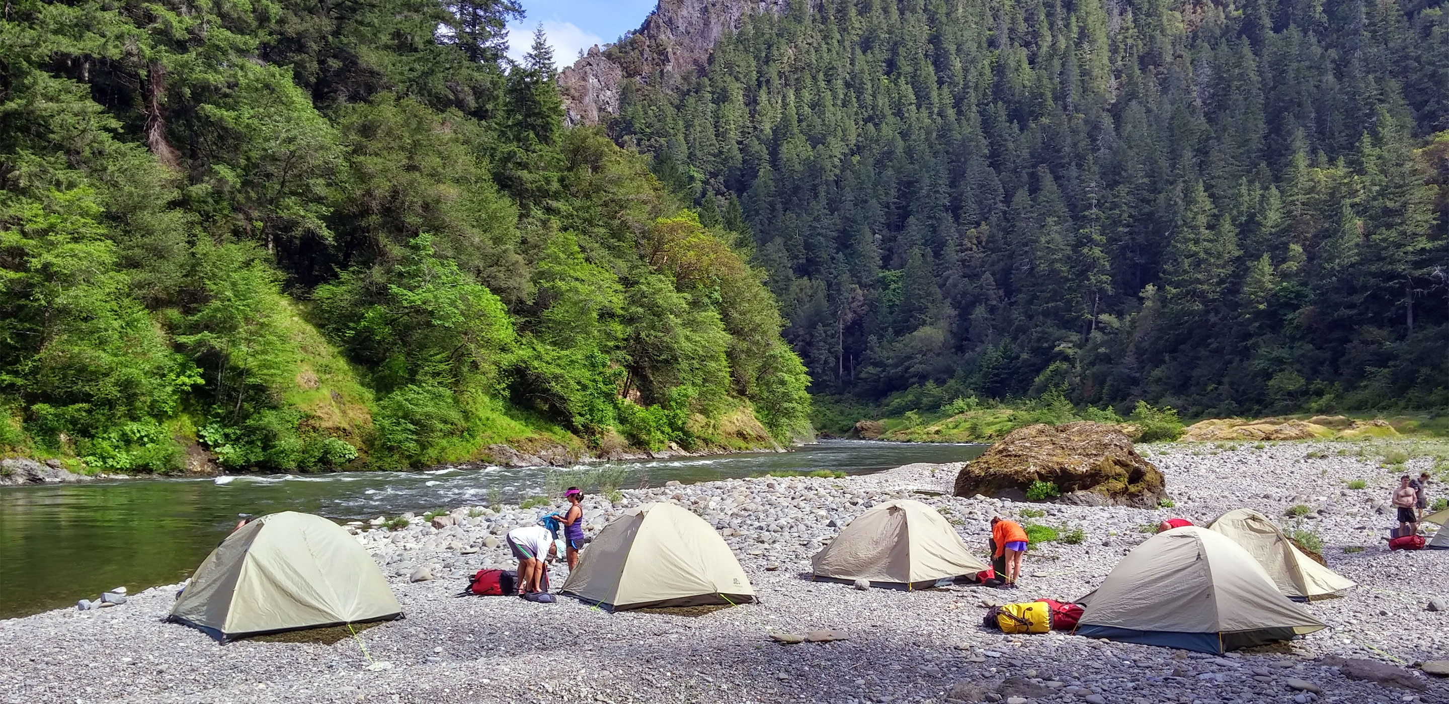 Rogue River Trail Running | Momentum River Expeditions