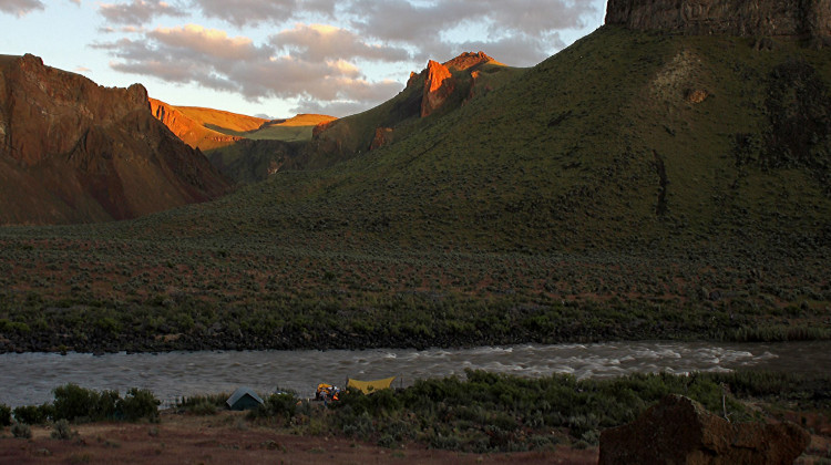 Owyhee River Rafting - sunset - Oregon