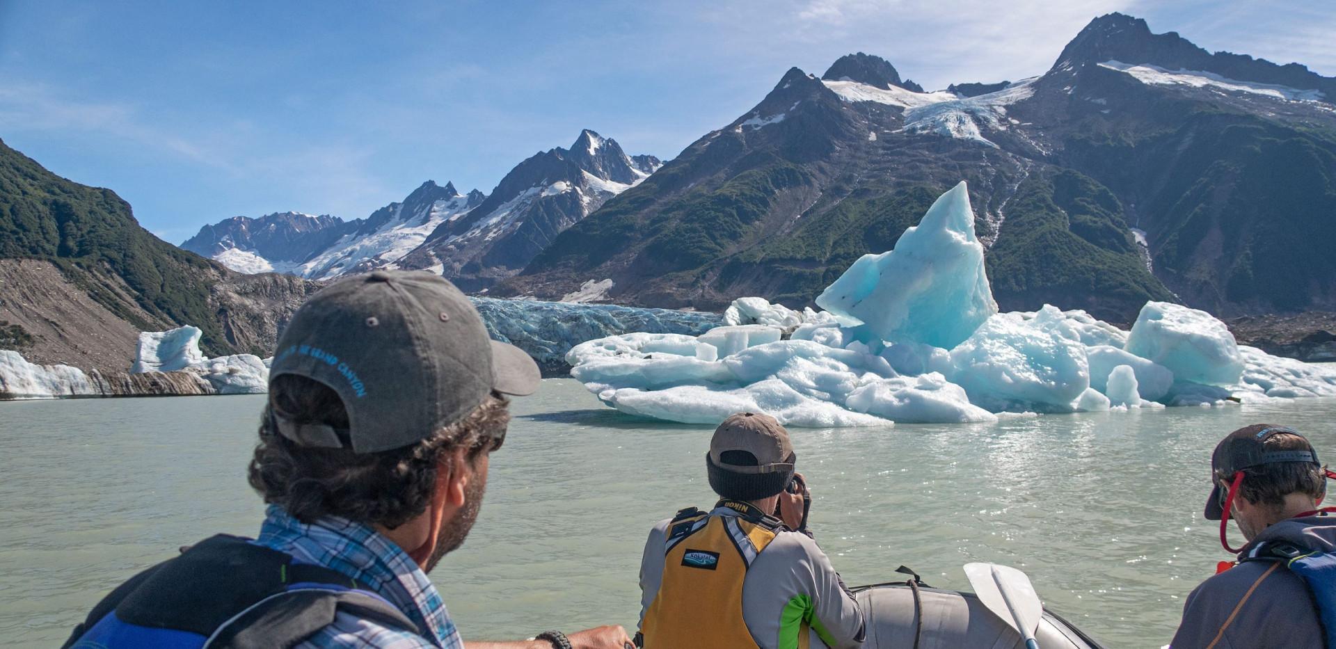 Tatshenshini River Rafting - Walker Glacier - Icebergs